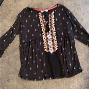 Maurices black/coral tunic size XL dressy
